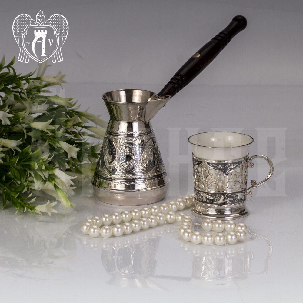 Подстаканник  из серебра  «Бернадетт» с фарфоровым стаканом Апанде, 88000125