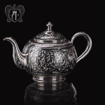 Серебряный чайник «Клио»