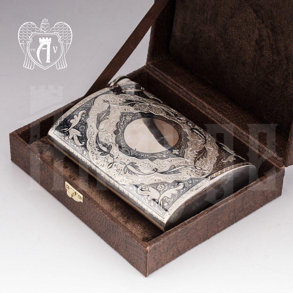 Серебряная фляжка «Падишах»