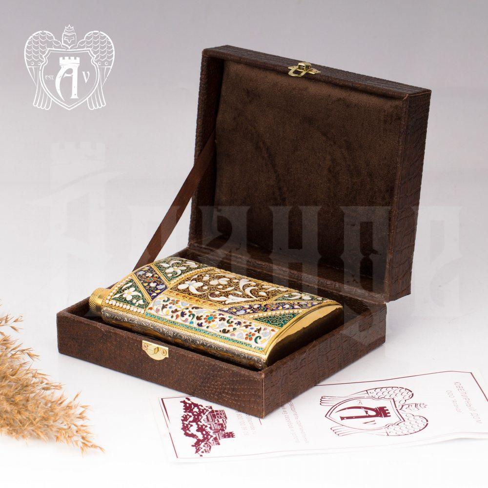 Серебряная фляжка  «Арагорн» с позолотой и эмалью