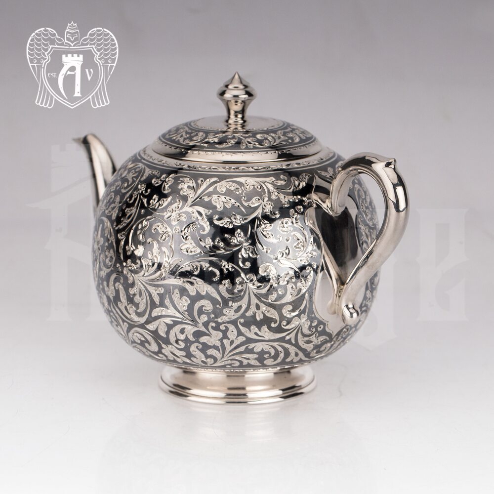 Серебряный чайник «Флоранж»