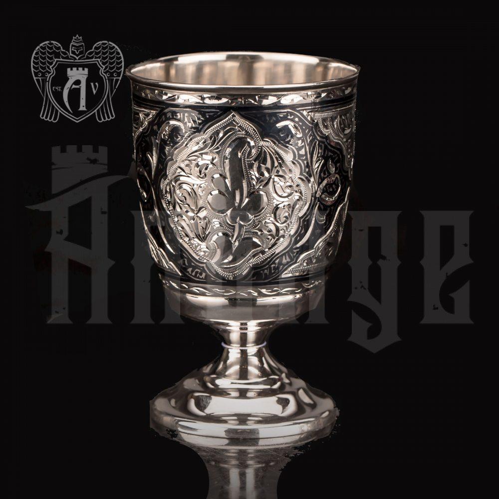 Серебряный стакан «Атика»