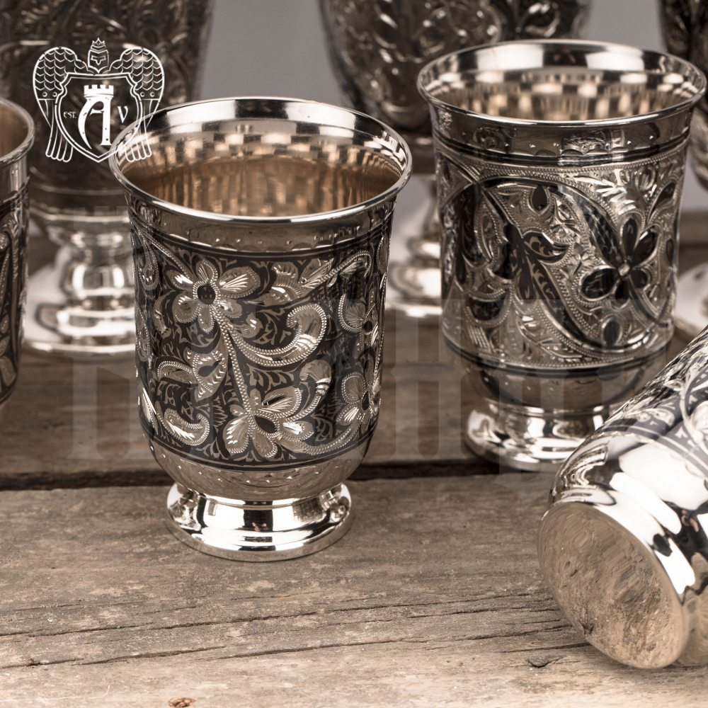 Серебряные стаканы «Астра» 2 шт