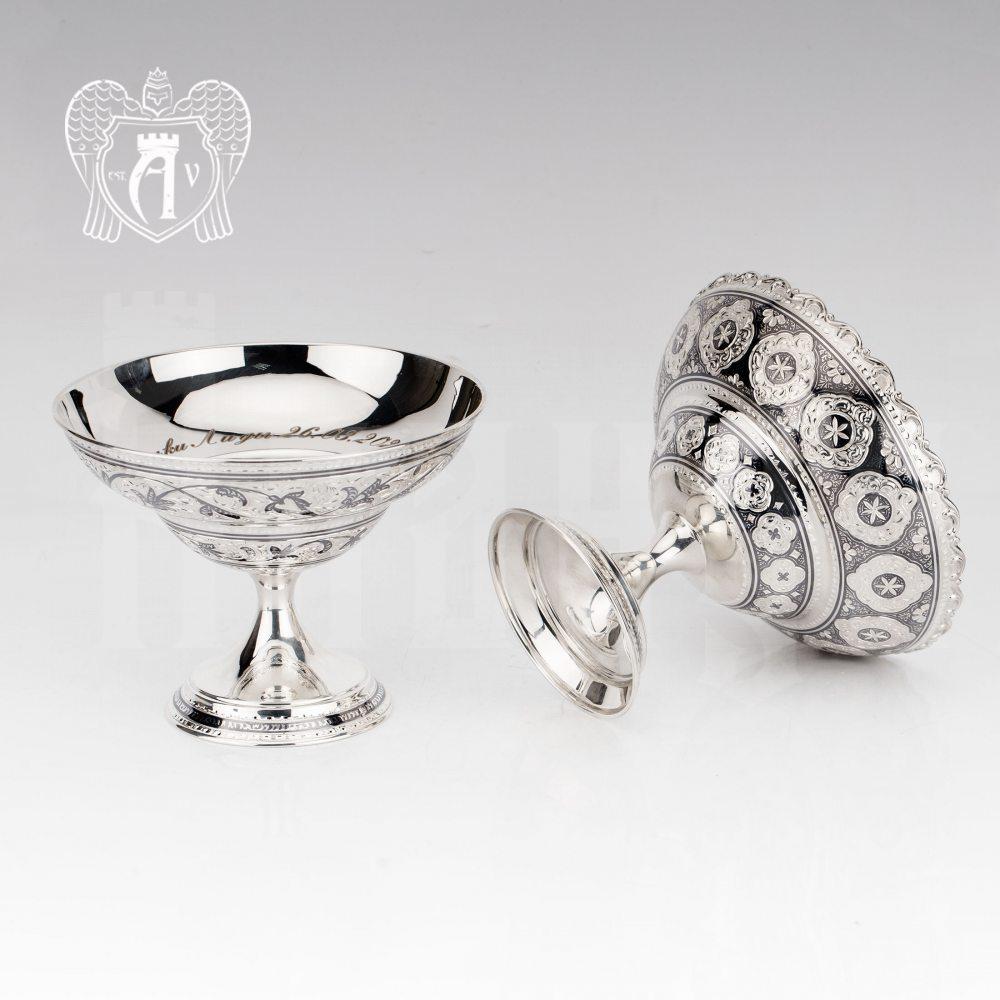 Конфетница из серебра 925 пробы «Адель»