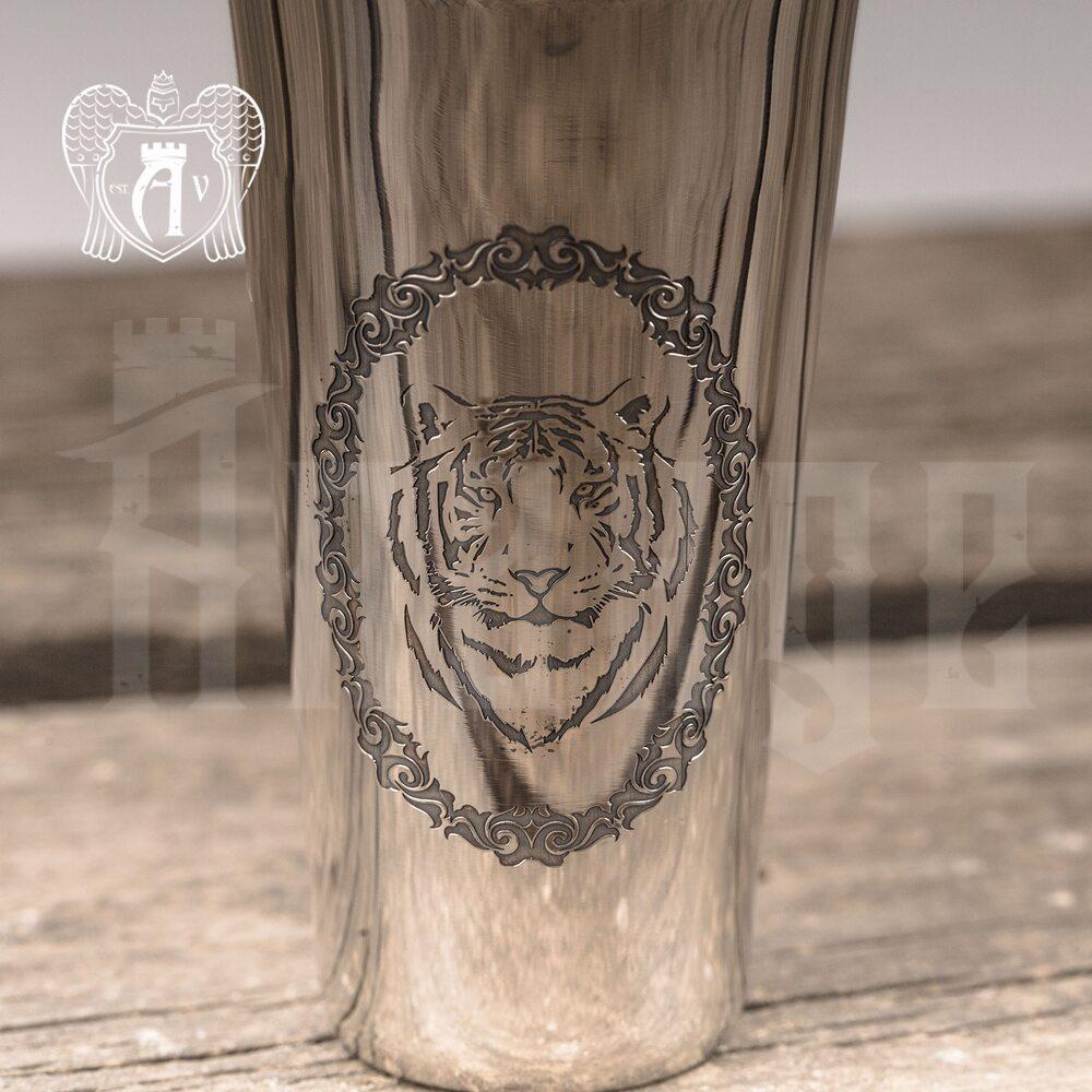 Серебряная стопка «Тигр»