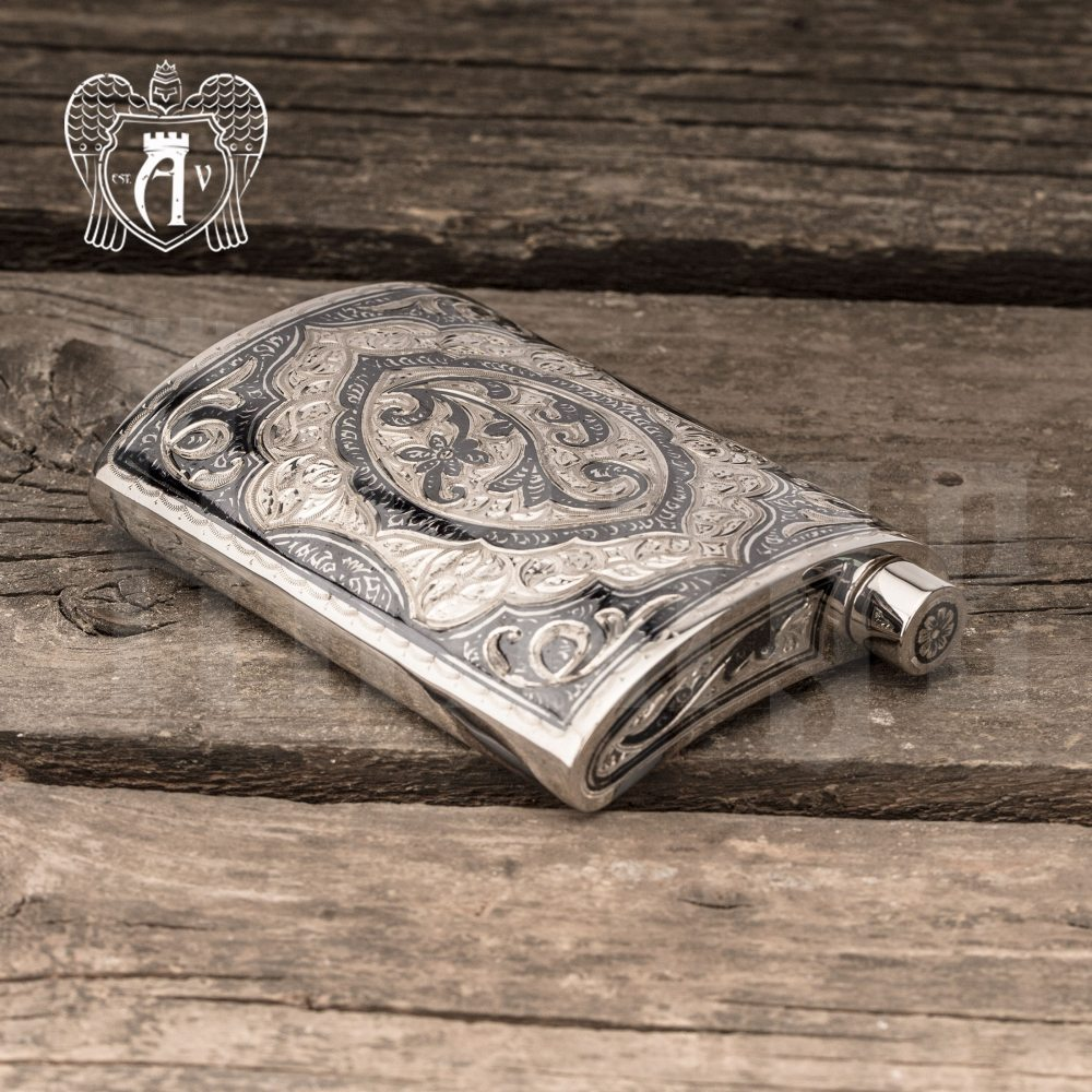Серебряная фляжка  «Клод»