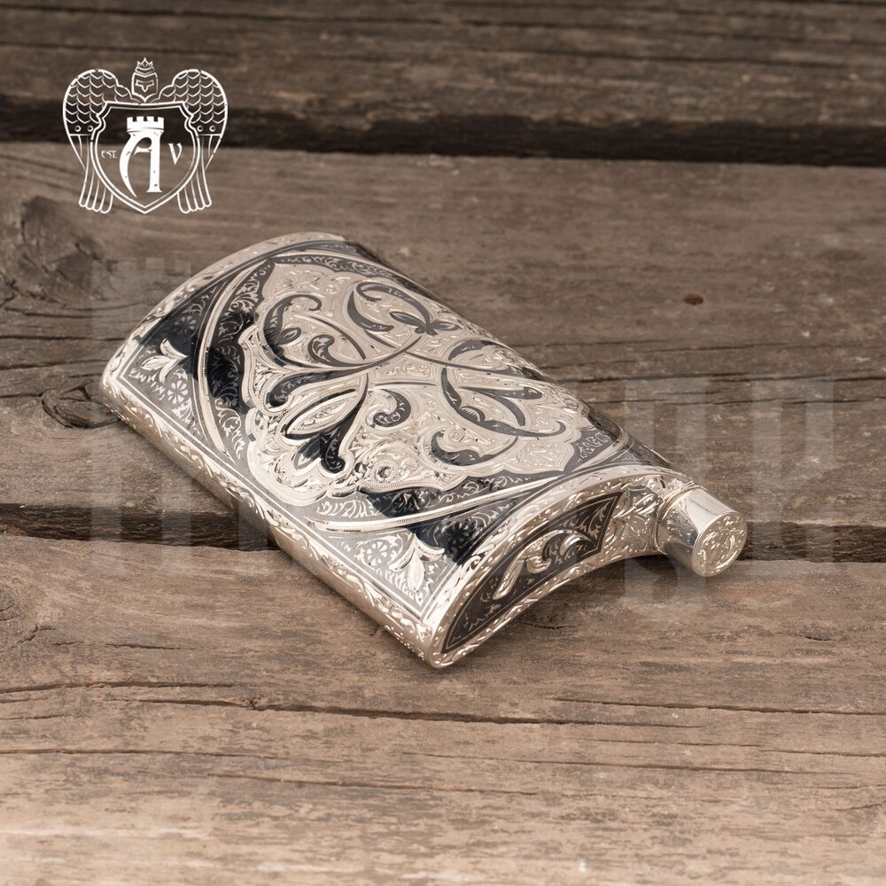 Серебряная фляжка  «Лоза»