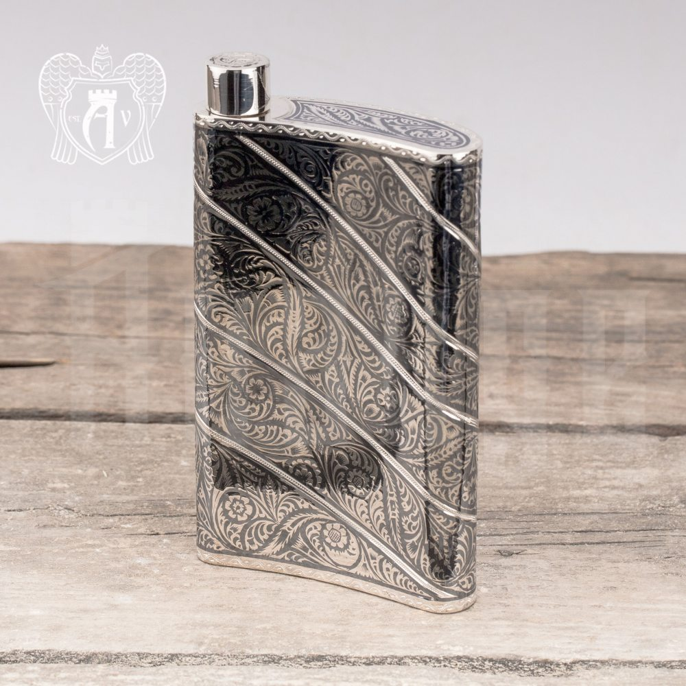 Фляжка  из серебра  «Мантис» Апанде, 72000120