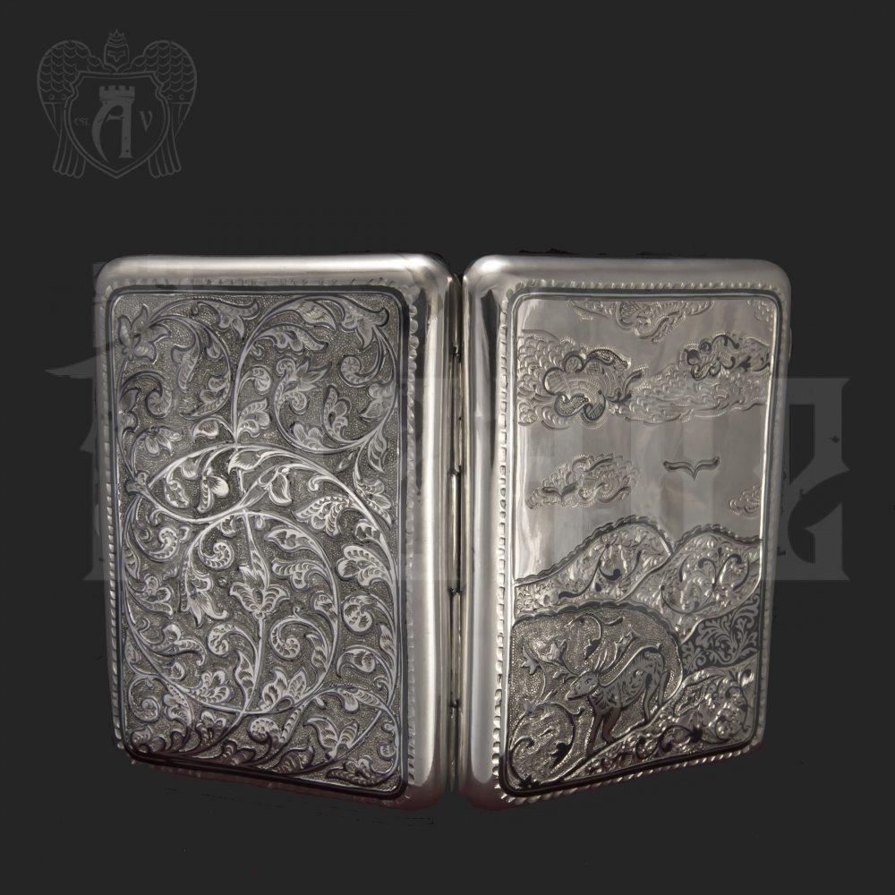 Серебряный портсигар «Зов природы» Апанде, 53000557
