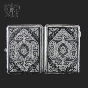Серебряный портсигар «Величие»